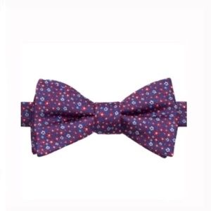 Other - Bow tie floral